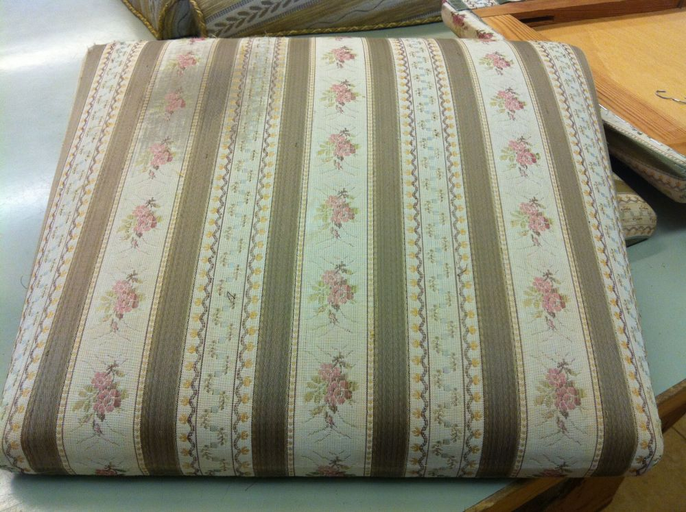 Upholstery course spring 2012 - 1st time (2/6)