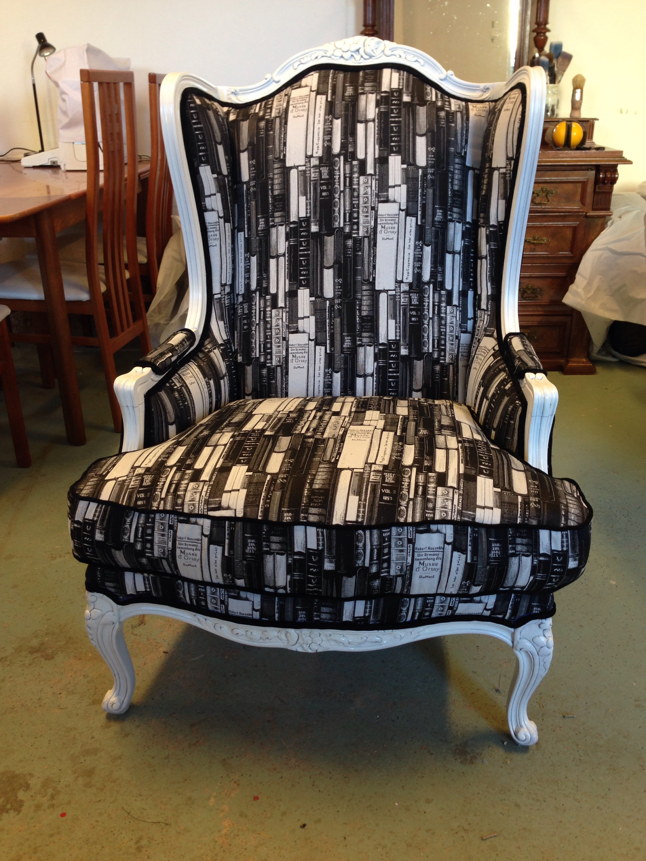 winged armchair Pimpinellate Upholstery
